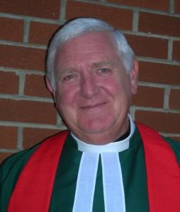 Rev Dr FreRev Dr Fredrick L Munce MBE