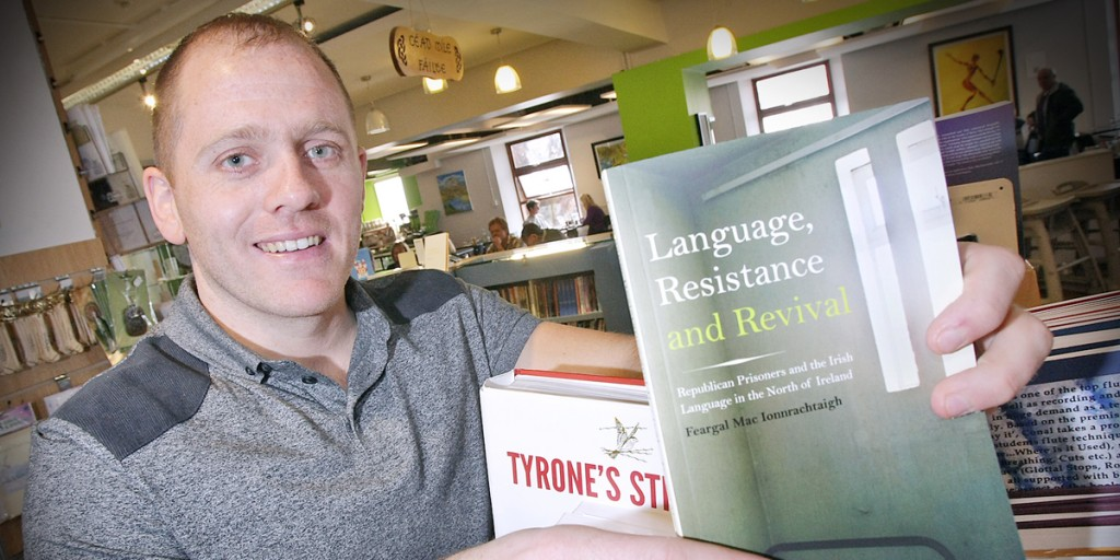 Feargal Mac Ionnrachtaigh will launch his new book on the Irish language at Coláiste Feirste next week