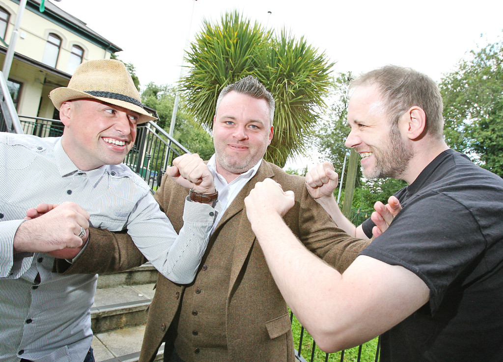 Playwright Mick Draine (centre) with director Tony Devlin (left) and actor Gerard Jordan at rehearsals for Lemondade Sandwich at the Roddy McCorley club