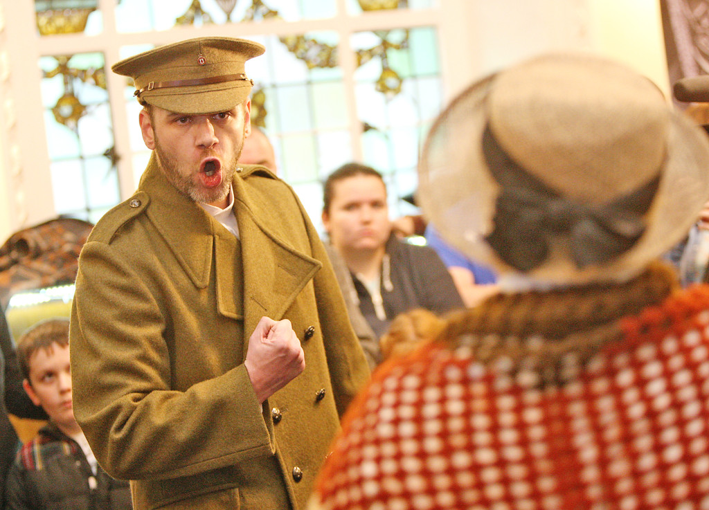 Actors Gerard Jordan and Antoinette Morelli staged an historical tableau at the 1916 commemorations launch in City Hall yesterday