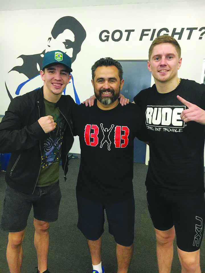 Michael Conlan with his new trainer Manny Robles and stablemate, former Irish amateur Jason Quigley at the Rock Gym in Los Angeles