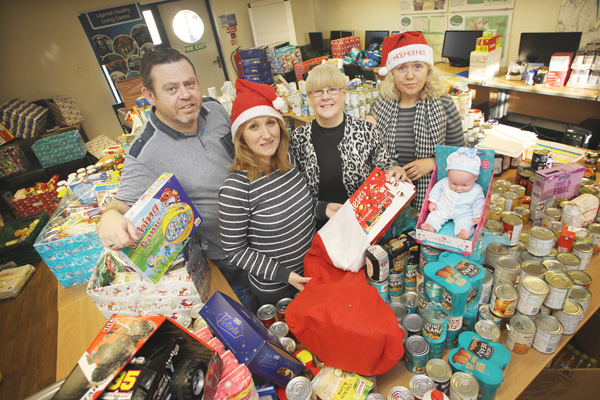 Christmas Hampers at the Wolfhill Centre – Sinéad McKinley, Kathleen Kelly, Orla O'Reilly and Kieran O'Reily