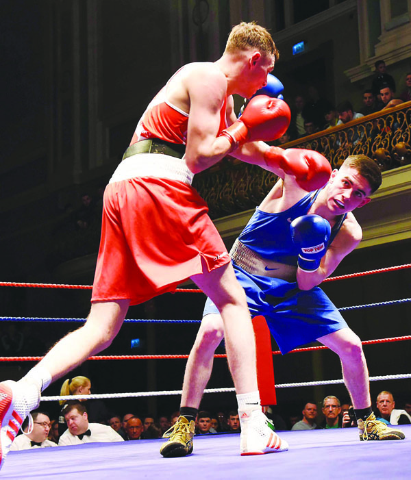 Caoimhin Ferguson (blue) lost out to Sean McComb in the Ulster Elite final back in November, but has taken confidence from his performance that night as he gets ready to face Wayne Kelly in the national final on Saturday night