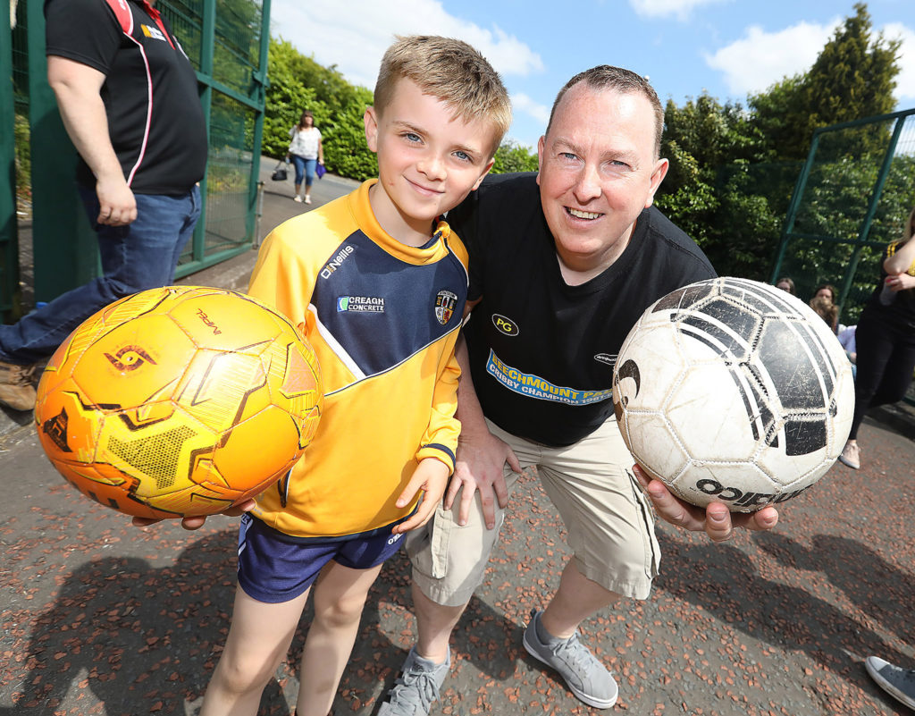 Odhran Marley and Gerard Mulhern during the Glen Road heats of Féile's World Cribby Championship at the Andersonstown News' Teach Basil headquarters