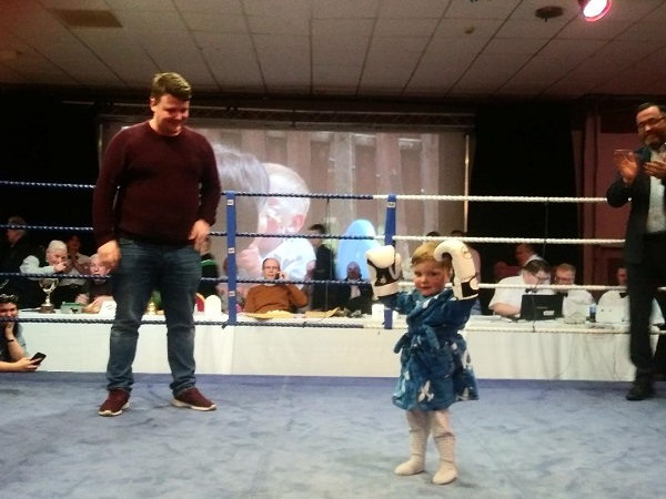 Young Dáithí Mac Gabhann in the ring with his dad Mártín at The Devenish on Thursday. The Ulster Elite Boxing Championships are supporting Organ Donation this year with collections at each round of the competition